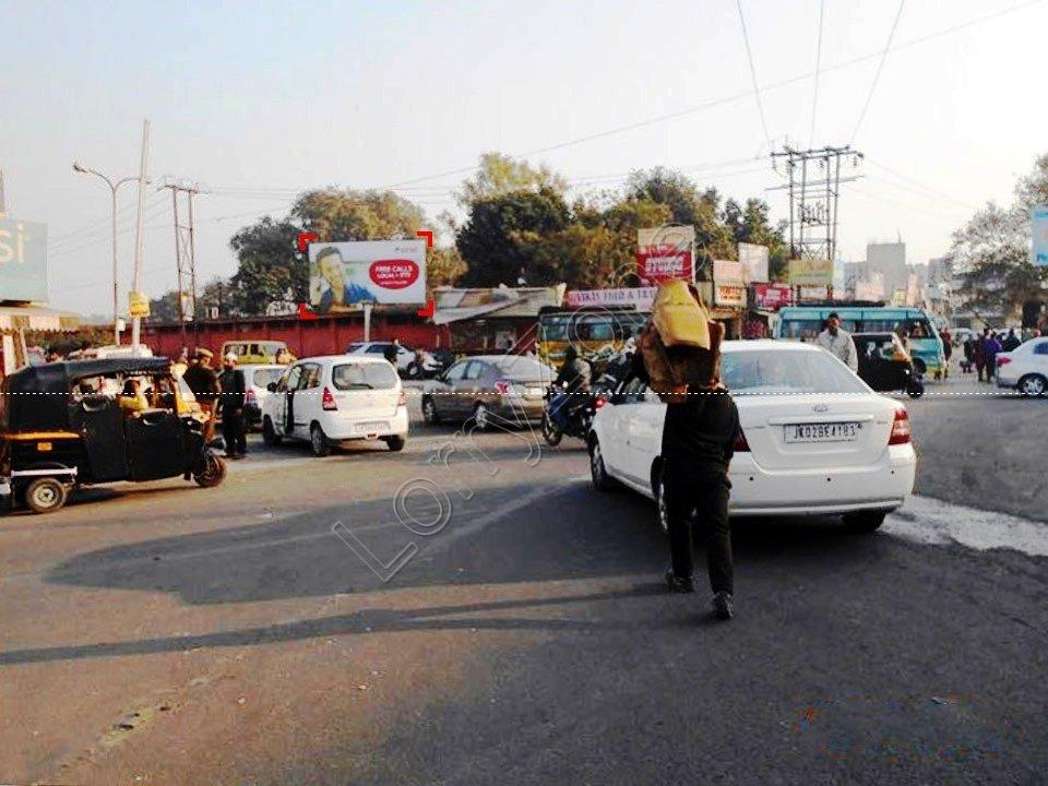Unipole-Dogra Chowk,Jammu