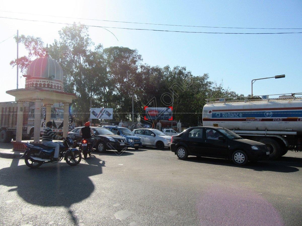 Unipole-Dukh Niwaran Chowk,Patiala