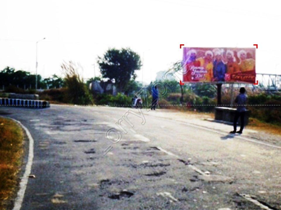Unipole-GT Road,Panipat