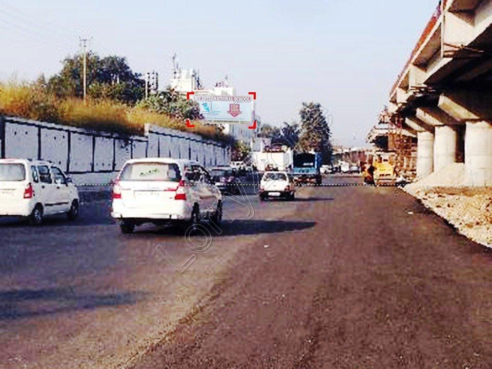 Unipole-Gandhi Nagar Road,Jammu