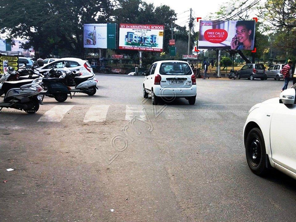 Unipole-Gole Market,Jammu
